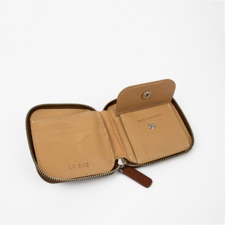 SQUARE ZIP WALLET / CHESTNUT