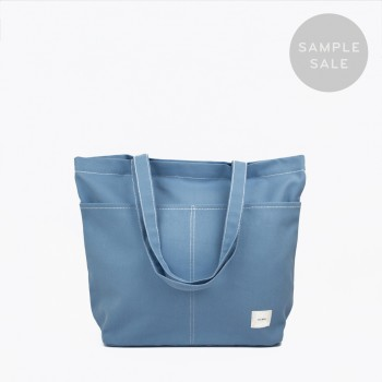UTILITY TOTE / LIGHT BLUE / SAMPLE SALE