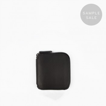 SQUARE ZIP WALLET / BLACK & NATURAL / SAMPLE SALE